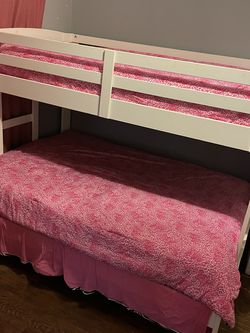 White Bunk Bed for Sale in Orlando,  FL
