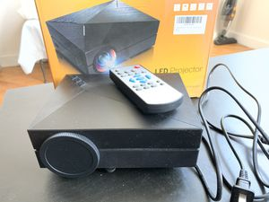 LED Projector 1000 Lumens 1920x1080 Pixels USB HDMI for Sale in New York, NY
