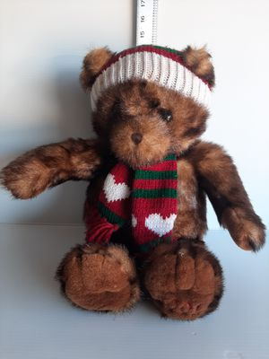 "DILLARD'S CHRISTMAS 2001 Teddy Bear Collection 19"". for Sale in Houston, TX"