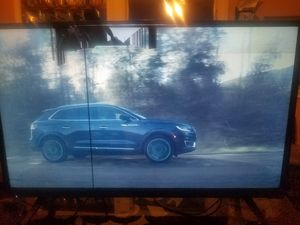 32 inch vizio tv for Sale in Dallas, TX