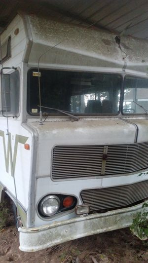 72 Winnebago Indian all original plus rv awning 18x30 foot. Rv is ready for restoration it's all there like you stepped back in time. Grandpa drive i for Sale in Arnold, MO