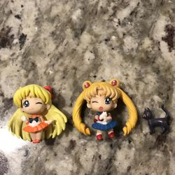 sailor moon and sailor venus figures for Sale in Lincoln,  CA