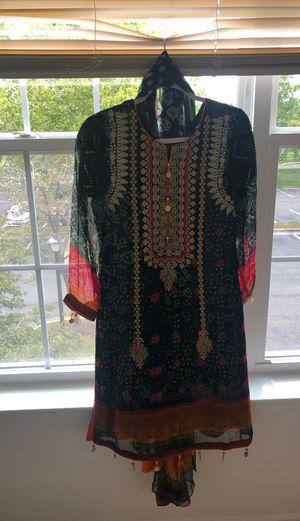 Shinnyere 3 pc modern dress for Sale in Ashburn, VA