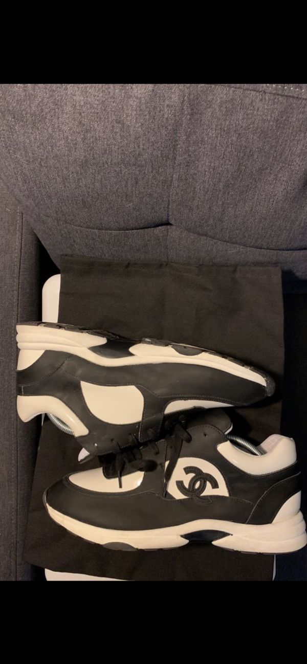 Chanel Runners Size 10.5 (43)