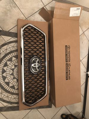 2019 Toyota Tacoma stock front grill for Sale in San Diego, CA