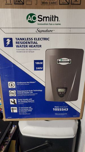 Tankless water heater brand new for Sale in Fresno, CA