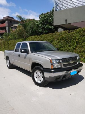 Chevy Silverado for Sale in Perris, CA