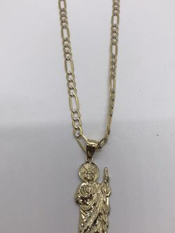 """Fígaro Chain 24"""" With St . Judas Gold 14 Kt for Sale in Arvin,  CA"""