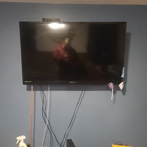 2. 55 Inch TV for Sale in San Diego, CA