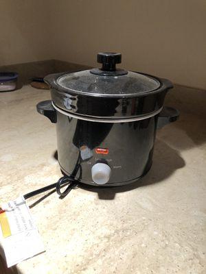 2.5 qt crock pot for Sale in Arlington, VA