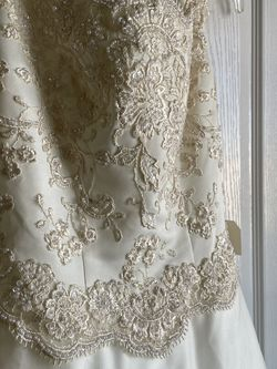 Wedding Ivory Dress New With Tag for Sale in El Paso,  TX