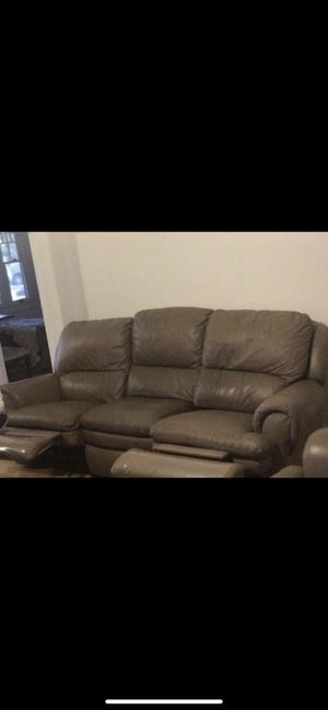 Real Leather Recliner Sofa/Couch. Living room area. Pick up: 91107 for Sale in Pasadena, CA