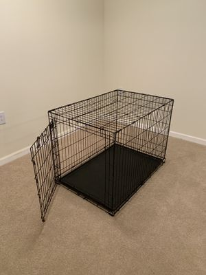 "Wire Dog Crate Folding L: 43"" W: 29"" H: 31"" for Sale in Manassas Park, VA"