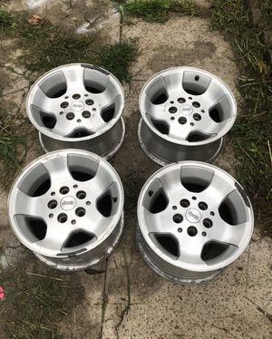 Jeep 15 Inch Wheels for Sale in Humble, TX
