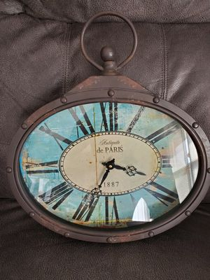 Clock like new for Sale in Hamilton, OH
