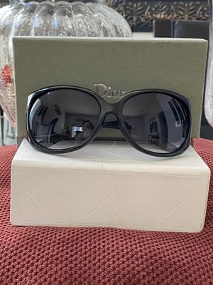 DIOR SUNGLASSES for Sale in Vacaville, CA