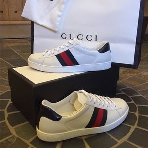 Gucci men's ace leather shoes size 11 for Sale in Oklahoma City, OK