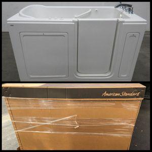 Brand New in the Box Walk In Bathtub for Sale in Phoenix, AZ