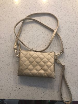 Small gold hand bag/purse for Sale in Lakewood, CO