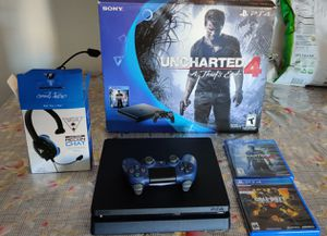 PS4 500gb black slim 2 games 1 control headphones work well buenas condiciones 👍 for Sale in Phoenix, AZ