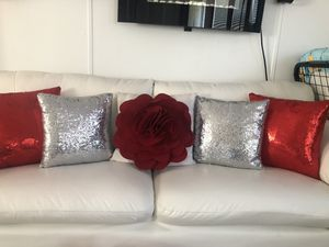 decorative pillows for Sale in Orlando, FL