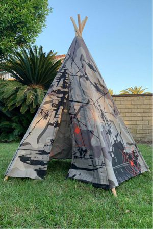 New in box Dexton 6 feet tall 5 panel army commando kids boys pretend play teepee tipi tent military camoflauge water repllant fire resistant cotton for Sale in Whittier, CA