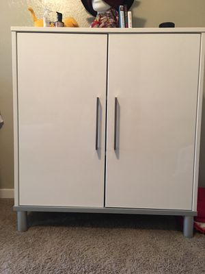 IKEA white cabinet- bookshelves for Sale in Dallas, TX