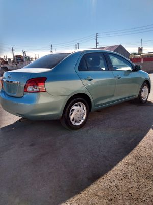 2008 TOYOTA YARIS* TRANSMISSION MANUAL* 130 000 MILES* A/C WORKS GOOD* IT RUNS AND DRIVES GOOD* SE HABLA ESPAÑOL* for Sale in Las Vegas, NV