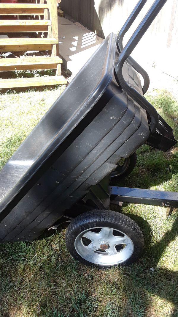 Garden tractor tilt trailer