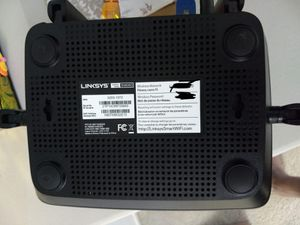Internet router- Linksys EA8300- used only few months for Sale in Farmington Hills, MI