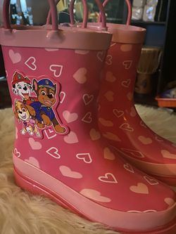 Paw Patrol Kids Rain boots Size 4 for Sale in Inglewood,  CA
