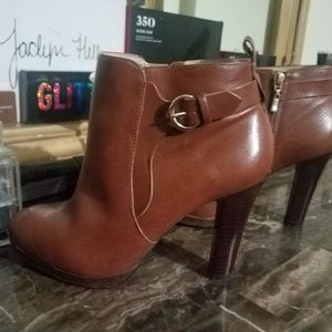 NEIMAN MARCUS SPENCER BOOTIES MADE IN BRAZIL for Sale in Chicago, IL