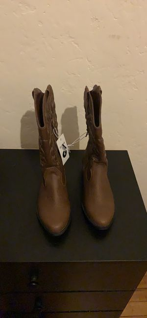 Girls cowboy boots for Sale in Los Angeles, CA