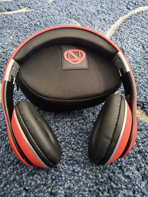 Ncredible wireless headphones for Sale in St. Cloud, FL