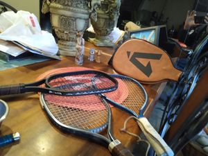 Used tennis rackets with carring bag for Sale in EASTAMPTN Township, NJ