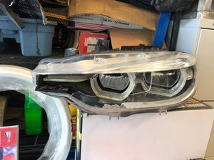 2017 BMW 328d headlight for Sale in Federal Way, WA