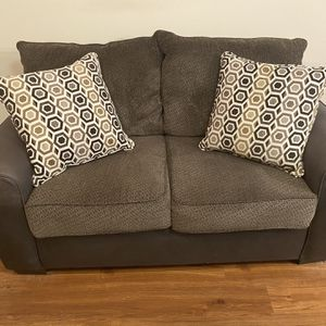 Brown Couch With Pillows for Sale in Raleigh, NC