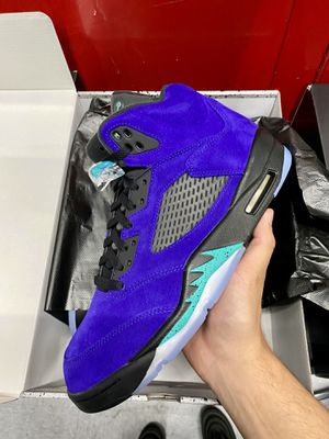 Air Jordan 5 Retro Alternate Grape for Sale in Silver Spring, MD