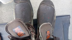 Work boots extra fleet in the front for toe protection for Sale in Kissimmee, FL