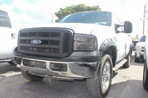 2006 Ford F-350 Diesel for Sale in Miami, FL