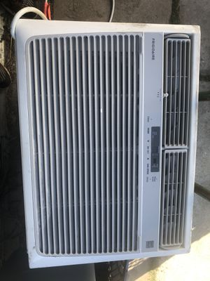 Air conditioning unit 15k btu for Sale in Los Angeles, CA