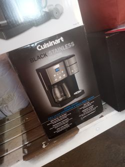 Cuisinart coffee maker Black Stainless collection(12cup) for Sale in Cerritos,  CA