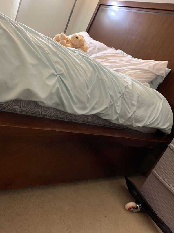 Queen Bed For Sale In Toms River Nj Offerup