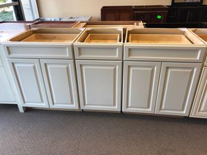 kitchen cabinets for Sale in Chantilly, VA
