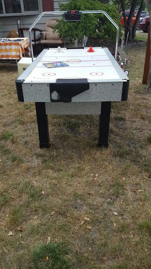 Air hockey table for Sale in Wayne, MI