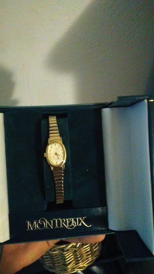 Gold watch for Sale in Modesto, CA