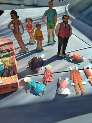 #family affair #paper dolls#1968#antique#collectibles for Sale in Los Alamitos, CA