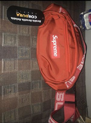 Red Supreme SS18 Fanny Pack for Sale in Oakland, CA