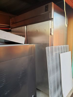 True commercial grade coolers for Sale in Hazelwood, MO