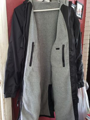Sporti Adult Fleece swim parka size XS, Fits like a large for Sale in City of Industry, CA